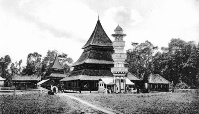 70.-Missigit-te-Padang-Loear.-Sumatra-1911